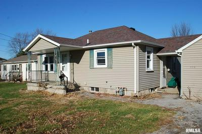 509 W FULTON ST, FARMINGTON, IL 61531 - Photo 2