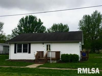 203 W OAKFORD ST, Oakford, IL 62673 - Photo 1
