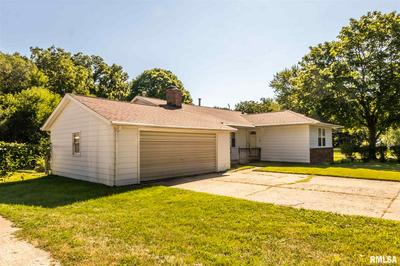 4413 W RUSSELL AVE, Peoria, IL 61605 - Photo 2