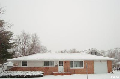 566 W DAYTON ST, Galesburg, IL 61401 - Photo 2