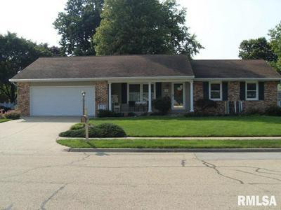 755 TAYLOR ST, Morton, IL 61550 - Photo 1