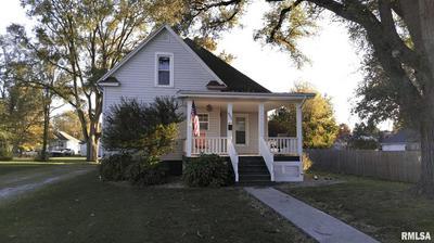832 E 3RD ST, Galesburg, IL 61401 - Photo 1