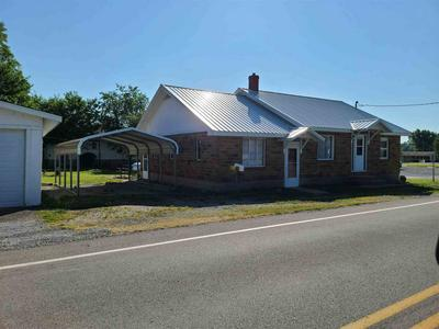 280 CHESTNUT ST, Stonefort, IL 62987 - Photo 1