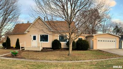306 N JACKSON ST, New Berlin, IL 62670 - Photo 1