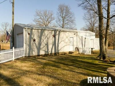 14602 EDWARDS RD, Pittsburg, IL 62974 - Photo 1