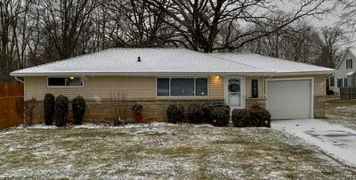 211 JO AVE, Germantown Hills, IL 61548 - Photo 2