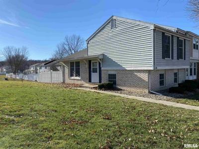 45 RICHMOND RD, Macomb, IL 61455 - Photo 2