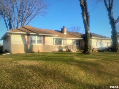 300 SHERWOOD PARK RD, Washington, IL 61571 - Photo 1
