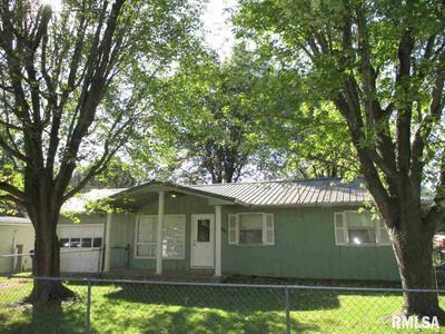 1307 EADS ST, Benton, IL 62812 - Photo 2