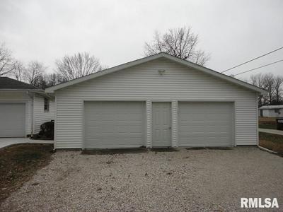 1202 W ELM ST, Taylorville, IL 62568 - Photo 2