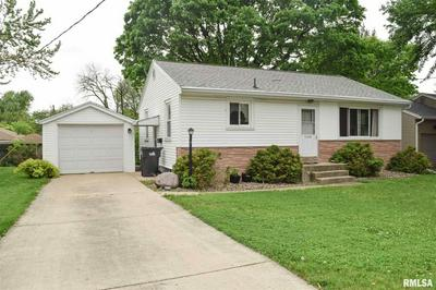 1805 N 11TH ST, Pekin, IL 61554 - Photo 2
