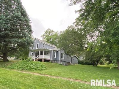 505 W LINCOLN AVE, Petersburg, IL 62675 - Photo 2