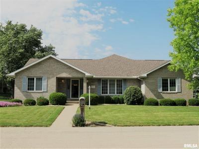 810 E JAMES ST, Princeville, IL 61559 - Photo 2
