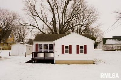 202 N POPLAR ST, Williamsfield, IL 61489 - Photo 1