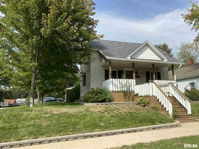 367 W OLIVE ST, Canton, IL 61520 - Photo 1