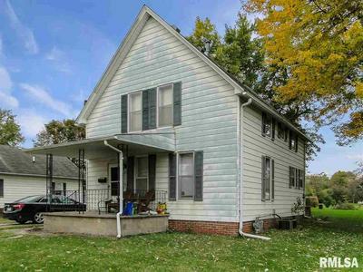422 N PEARL ST, Macomb, IL 61455 - Photo 1