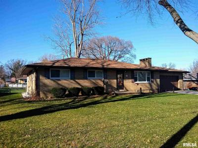 604 S ELM ST, Washington, IL 61571 - Photo 1