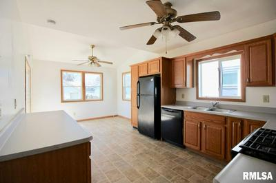 1901 30TH ST, Moline, IL 61265 - Photo 2