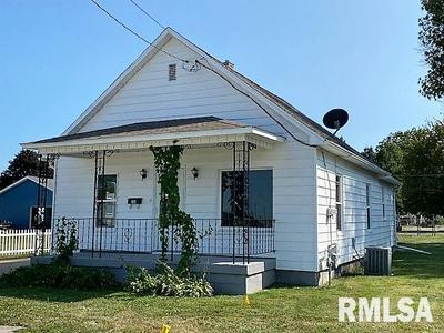306 E BIRCH ST, Canton, IL 61520 - Photo 2