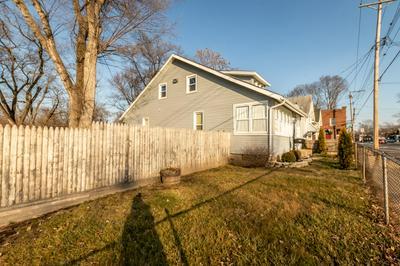 2313 W LINCOLN AVE, Peoria, IL 61605 - Photo 2