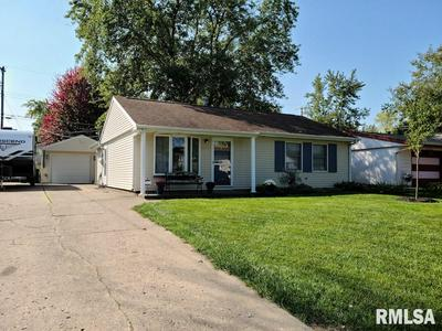 2257 KNOLLAIRE DR, Washington, IL 61571 - Photo 2
