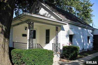 218 W MONROE ST, Auburn, IL 62615 - Photo 2