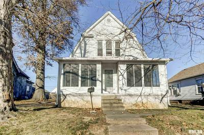 111 W ADAMS ST, Taylorville, IL 62568 - Photo 1