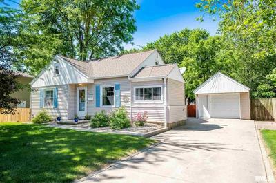 305 MONROE ST, Washington, IL 61571 - Photo 1