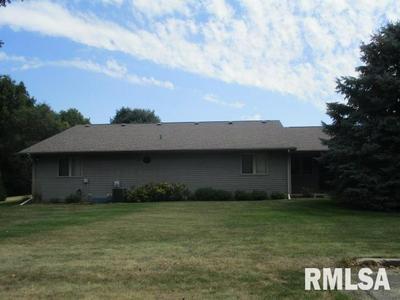 24 SAWMILL LAKE RD, Henry, IL 61537 - Photo 2
