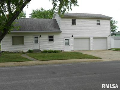 212 N GREEN ST, Roanoke, IL 61561 - Photo 1