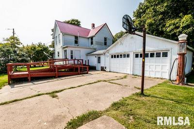 24019 W MOUL RD, Elmwood, IL 61529 - Photo 2