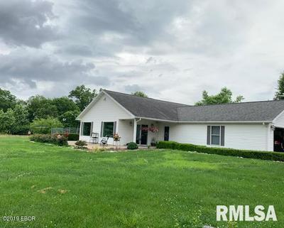 358 BATHON DR, Pinckneyville, IL 62274 - Photo 2