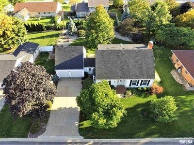 324 E HAZELWOOD ST, Morton, IL 61550 - Photo 2