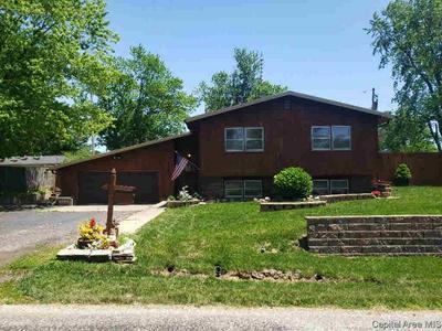 102 JONES ST, Woodson, IL 62695 - Photo 1