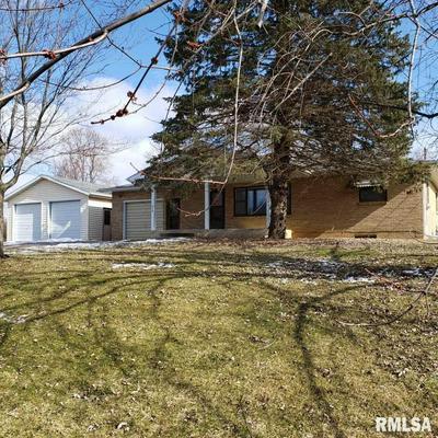 435 N AVENUE F, CANTON, IL 61520 - Photo 2