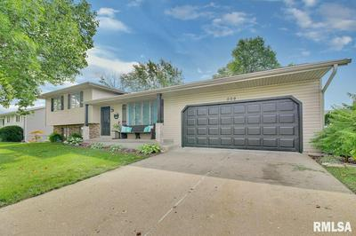509 JAMES PKWY, Washington, IL 61571 - Photo 2