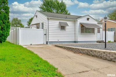 1516 MECHANIC ST, Pekin, IL 61554 - Photo 2