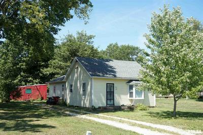 210 N KNOX ST, Elmwood, IL 61529 - Photo 1