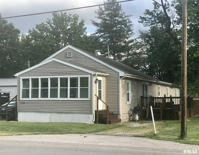 1120 W SPRESSER ST, Taylorville, IL 62568 - Photo 1