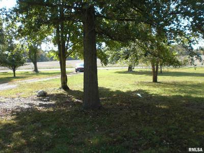 5738 BROWNSVILLE RD, Carterville, IL 62918 - Photo 2