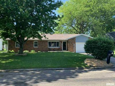218 WESTVIEW DR, Knoxville, IL 61448 - Photo 1