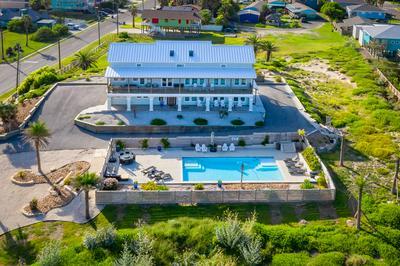 711 SANDCASTLE DR, Port Aransas, TX 78373 - Photo 1