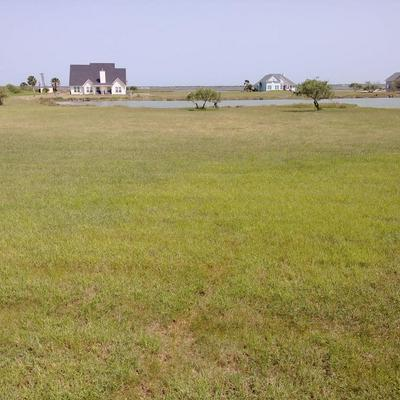 LAKE SHORE CIR N 63, ROCKPORT, TX 78382 - Photo 1