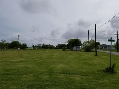 410/412 BAY STREET, Austwell, TX 77950 - Photo 1