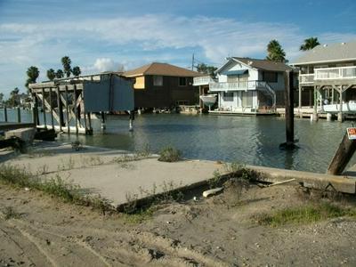 511 S SANDPIPER, Ingleside On The Bay, TX 78362 - Photo 2