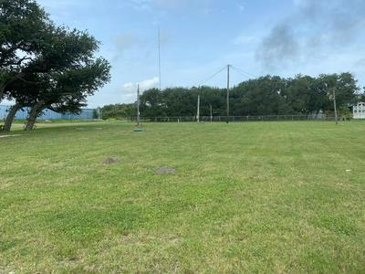 1715 S DOUGHTY ST, ROCKPORT, TX 78382 - Photo 1