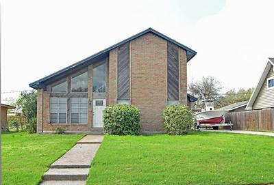 107 GEORGIA PL, PORTLAND, TX 78374 - Photo 1