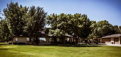 3950 COTTONWOOD LN, Roswell, NM 88203 - Photo 2