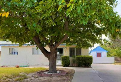 1606 S COTTONWOOD DR, Roswell, NM 88203 - Photo 1