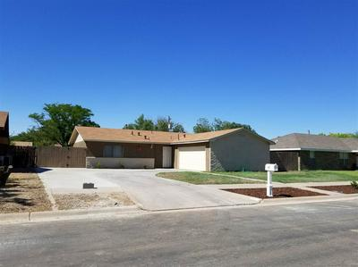 607 SWINGING SPEAR RD, Roswell, NM 88201 - Photo 2